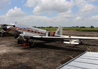 HK-3037 - Arall - Aerolineas Llaneras Douglas DC-3