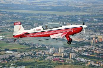 SP-ACM - Aeroklub Radomski Extra 300L, LC, LP series