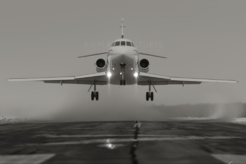 N900WG - Private Dassault Falcon 900 series