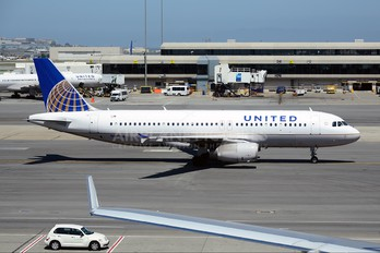 N481UA - United Airlines Airbus A320
