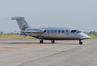 I-FXRL - Foxair Piaggio P.180 Avanti I & II