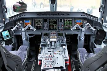 PT-TCK - Embraer Embraer ERJ-190-100 Lineage 1000