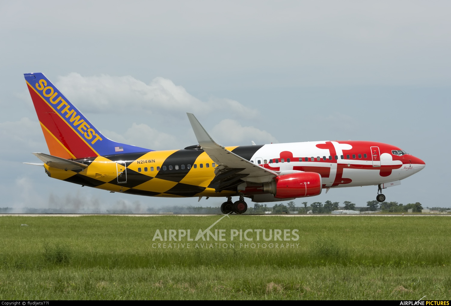 Southwest Airlines N214WN aircraft at New Orleans - Louis Armstrong Intl