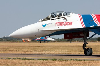 "08 - Russia - Air Force ""Russian Knights"" Sukhoi Su-27"