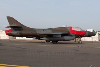 XF995 - Royal Navy Hawker Hunter T.8