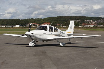 F-HCCF - Private Cirrus SR20