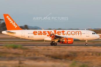 G-EZUJ - easyJet Airbus A320