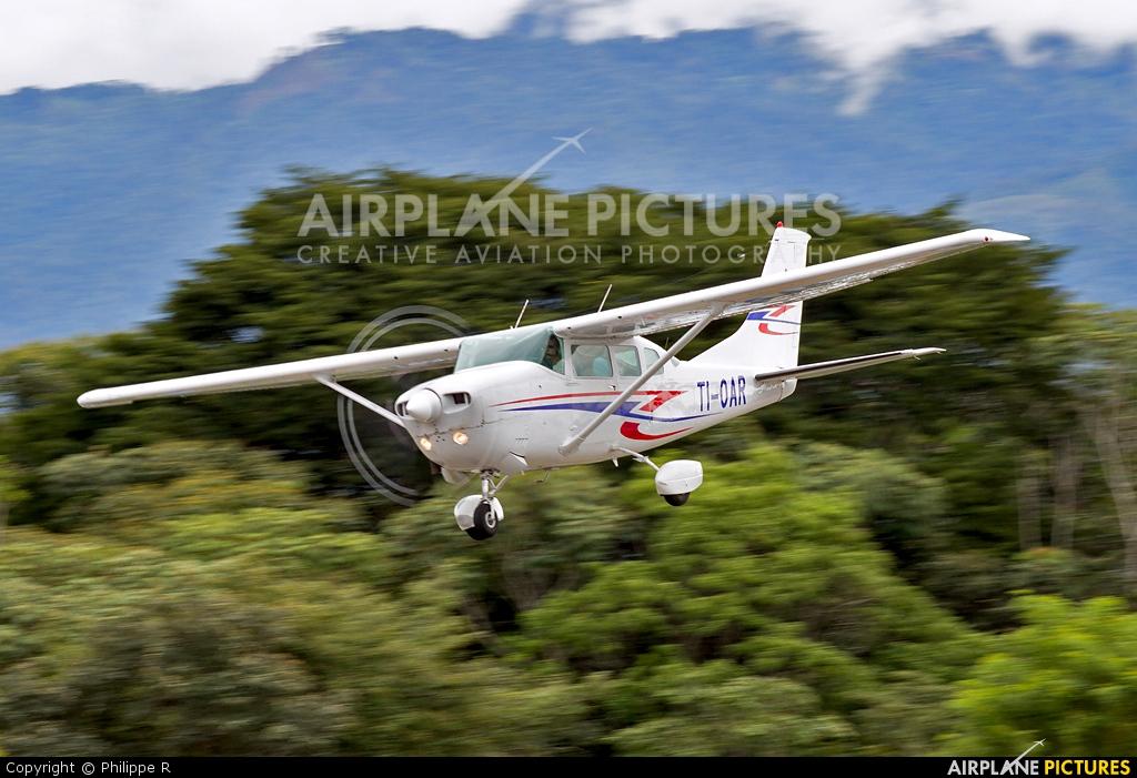 Aerobell Air Charter  TI-OAR aircraft at San Isidro
