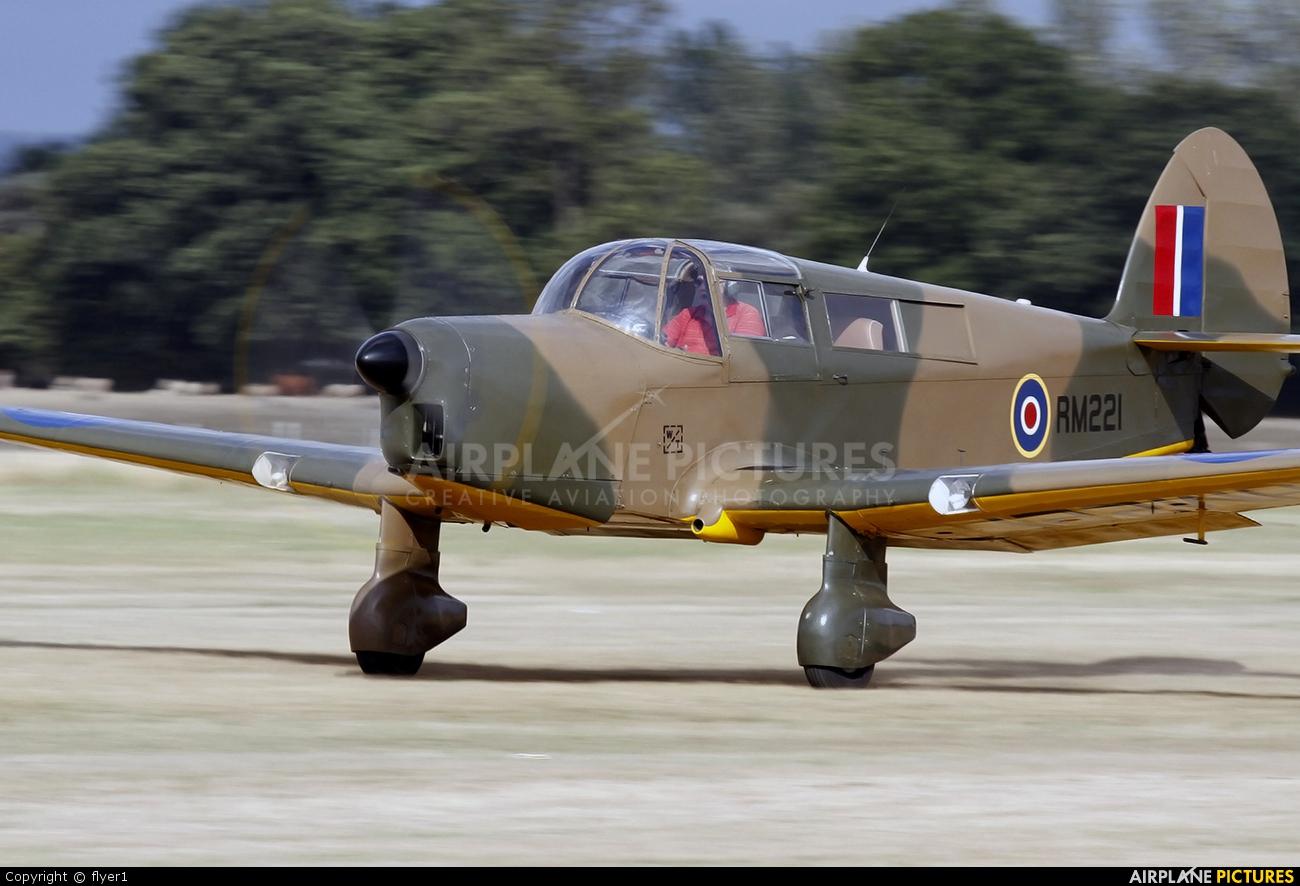 Private G-ANXR aircraft at Lashenden / Headcorn