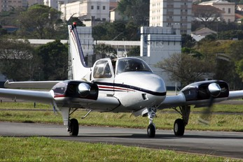 PT-IEU - Private Beechcraft 95 Baron