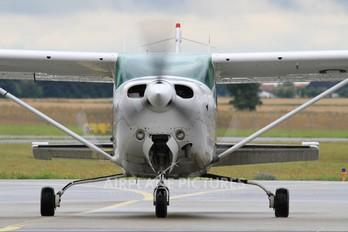 OY-RSC - Private Cessna 182 Skylane RG