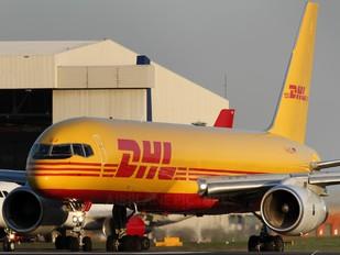 D-ALEJ - DHL Cargo Boeing 757-200