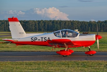 SP-TSA - Private Zlín Aircraft Z-242