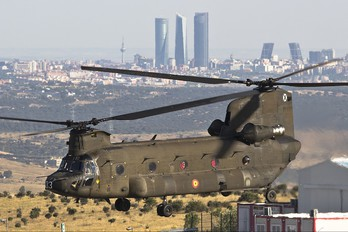HT.17-03 - Spain - Army Boeing CH-47D Chinook