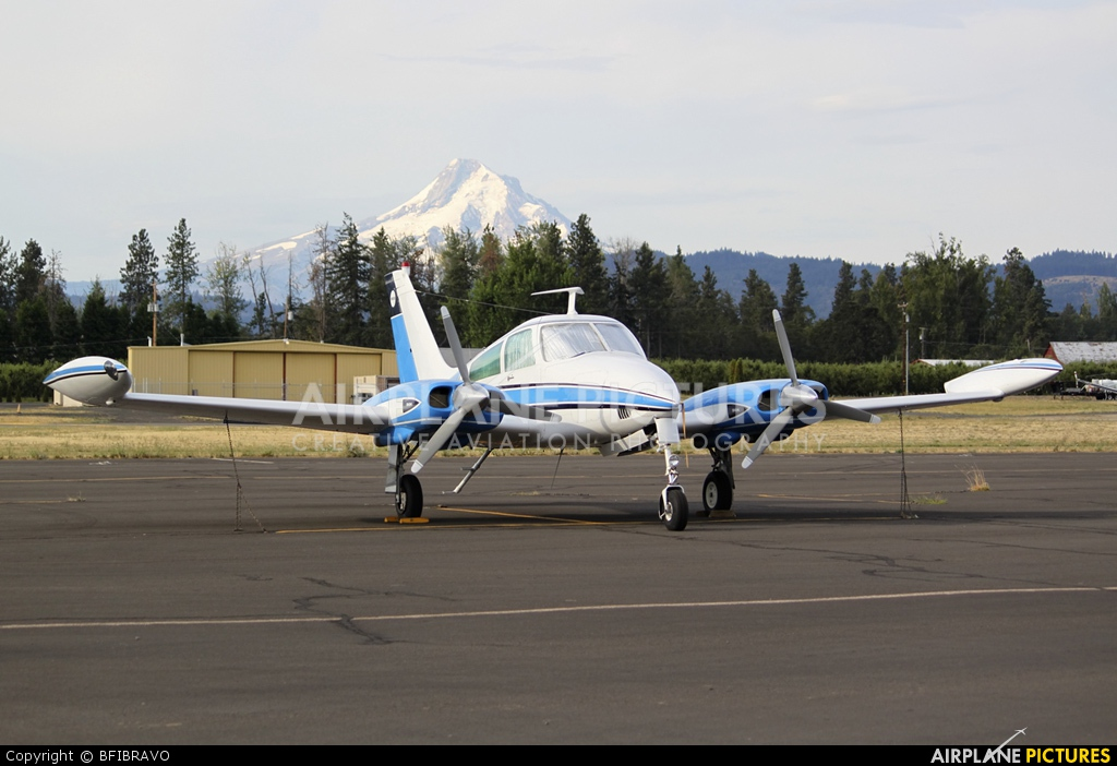 Private N3838X aircraft at Ken Jernstedt