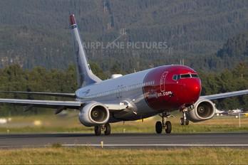 LN-NIA - Norwegian Air Shuttle Boeing 737-800