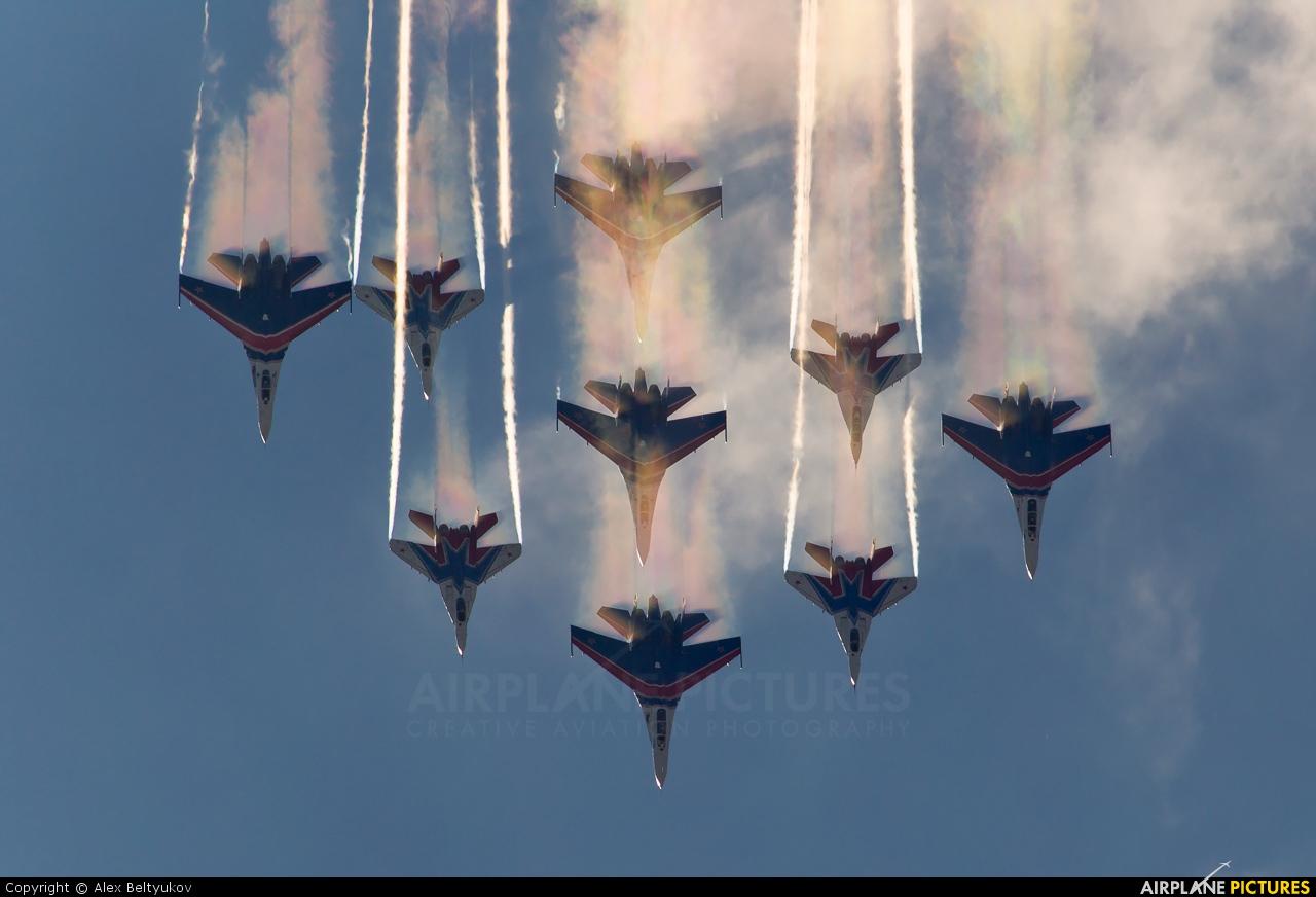 "Russia - Air Force ""Russian Knights"" 20 aircraft at Ramenskoye - Zhukovsky"