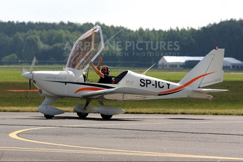 SP-ICY - Private Aero AT-3 R100