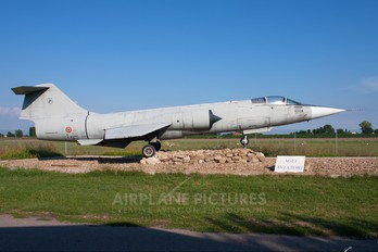 MM6935 - Italy - Air Force Lockheed F-104S ASA Starfighter