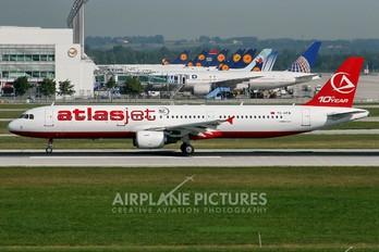TC-ATB - Atlasjet Airbus A321