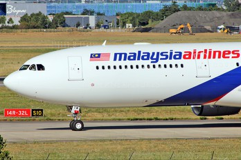 9M-MTM - Malaysia Airlines Airbus A330-300