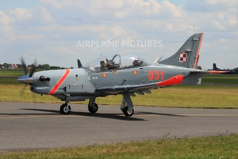 "031 - Poland - Air Force ""Orlik Acrobatic Group"" PZL 130 Orlik TC-1 / 2"
