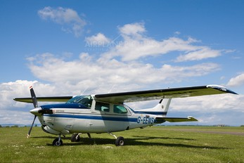 G-EEWS - Private Cessna 210 Centurion