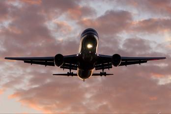 N350AN - American Airlines Boeing 767-300ER