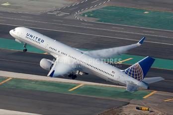 N554UA - United Airlines Boeing 757-200WL