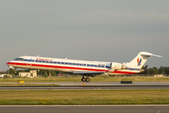 N524AE - American Eagle Canadair CL-600 CRJ-701