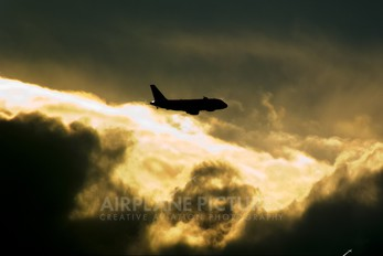 HB-JZL - easyJet Switzerland Airbus A319