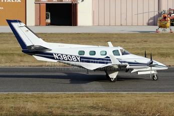 N3808Y - Private Beechcraft 60 Duke