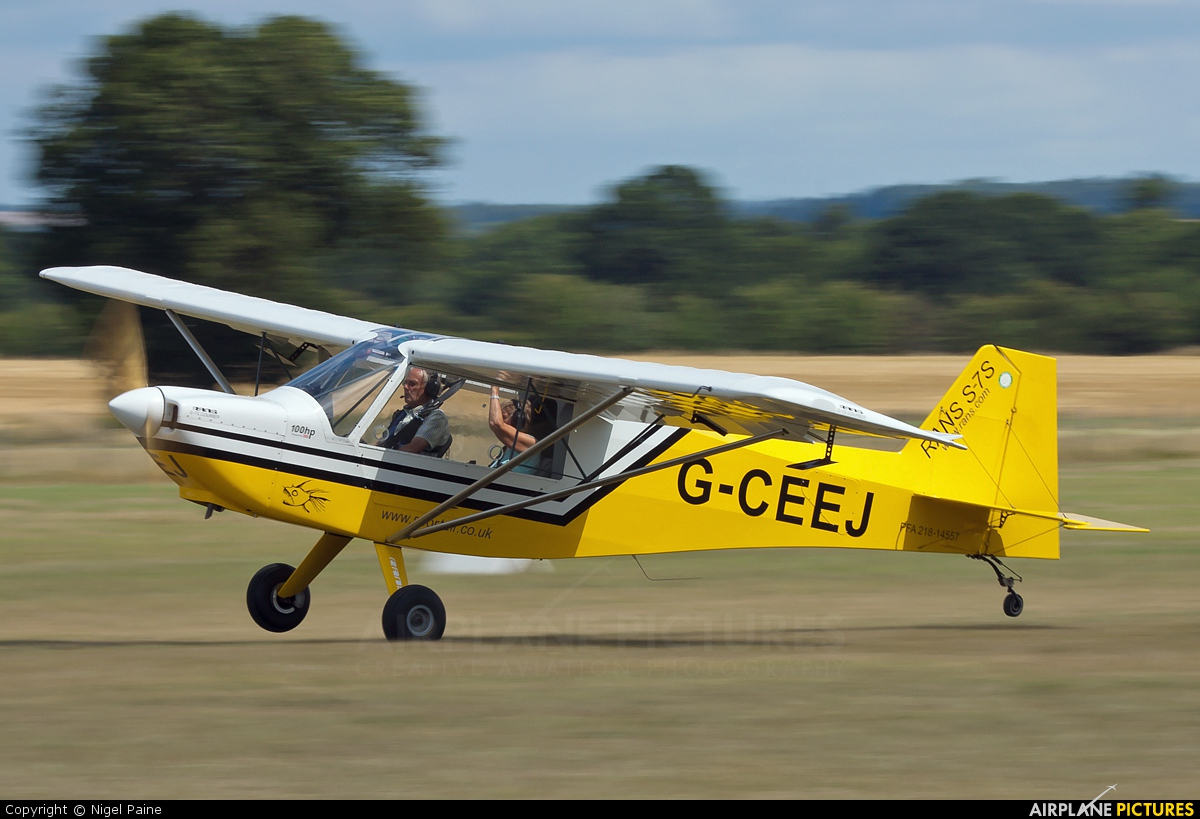 Private G-CEEJ aircraft at Lashenden / Headcorn