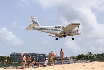 N6904A - Private Piper PA-23 Aztec
