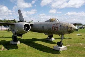 69 - Poland - Navy Ilyushin Il-28R
