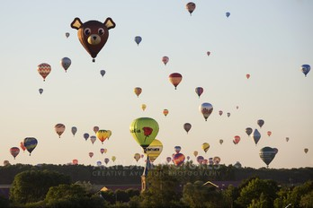 F-GPFS - Private Llopis Balloons MA30