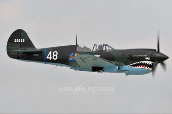 N1226N - Private Curtiss P-40N Warhawk