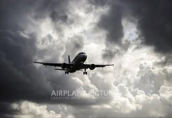 PR-MHD - TAM Airbus A320