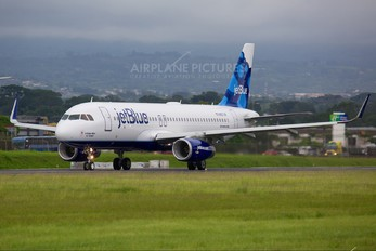 N827JB - JetBlue Airways Airbus A320