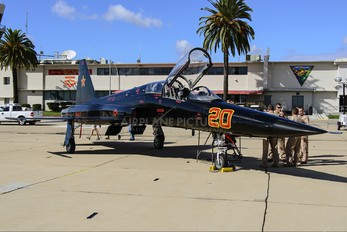 761580 - USA - Navy Northrop F-5F Tiger II