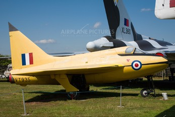 VT935 - UK - Aeroplane & Armament Experimental Establishment Boulton Paul P.111A