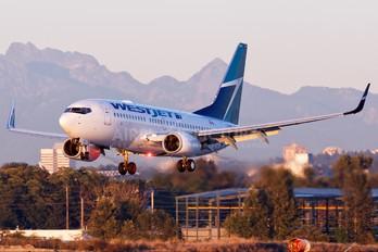 C-FWSI - WestJet Airlines Boeing 737-700