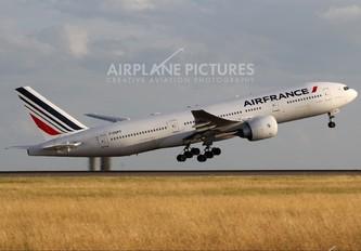 F-GSPY - Air France Boeing 777-200ER