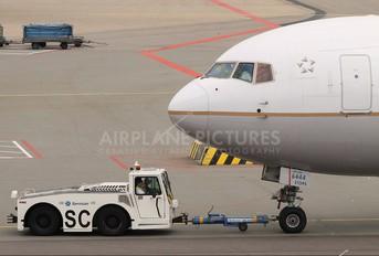 N644UA - United Airlines Boeing 767-300ER