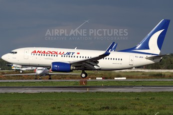 TC-JKH - AnadoluJet Boeing 737-700
