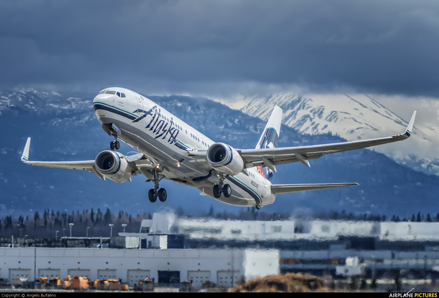 N532as Alaska Airlines Boeing 737 800 At Anchorage Ted