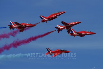 "XX263 - Royal Air Force ""Red Arrows"" British Aerospace Hawk T.1/ 1A"