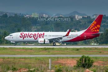 VT-SZC - SpiceJet Boeing 737-800