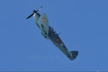 G-MKXI - Private Supermarine Spitfire PR.XI