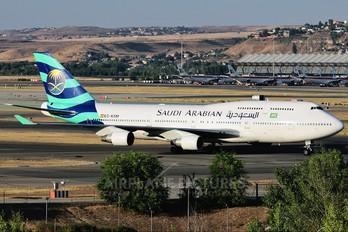 EC-KSM - Saudi Arabian Airlines Boeing 747-400